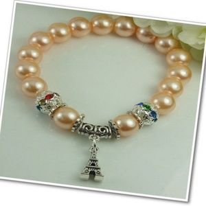 Eiffel Tower Beaded Charm Bracelet in Cream
